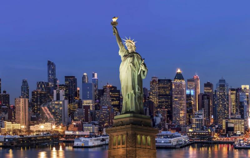 11位 アメリカ/自由の女神像