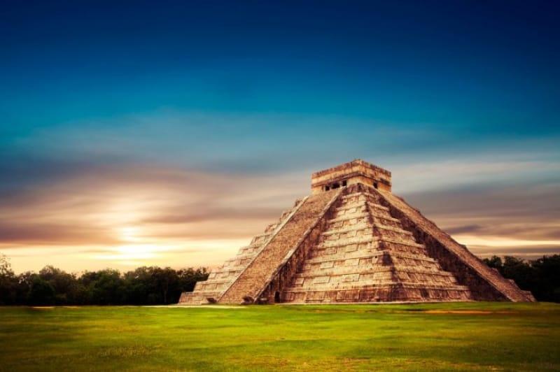 マヤ文明の遺産、チェチェン・イッツァ遺跡