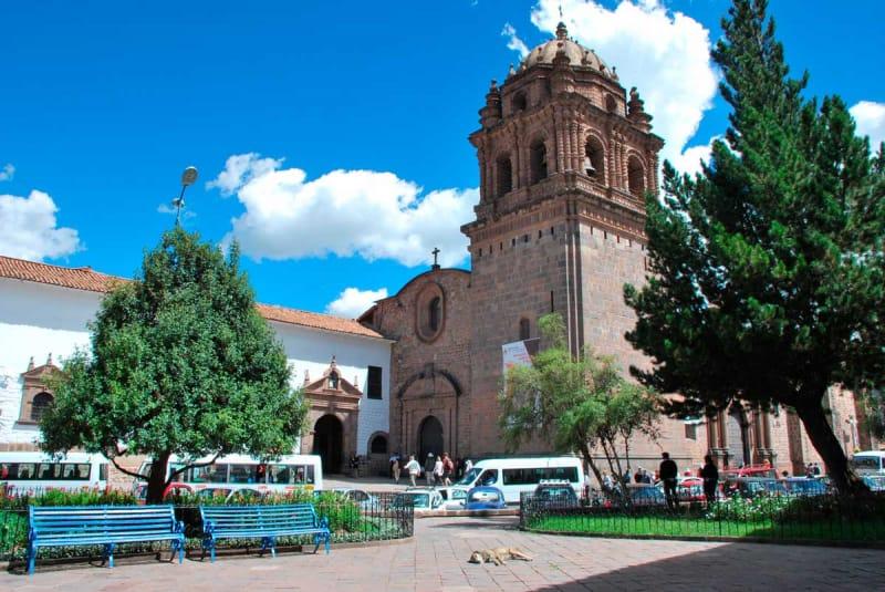 もとはインカ時代の神殿・サント・ドミンゴ教会