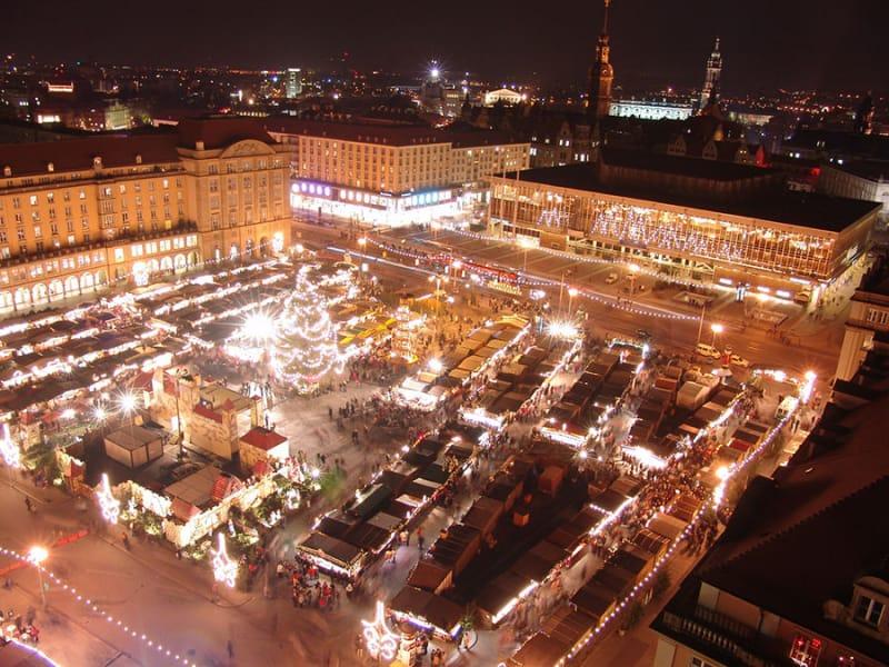 世界最古のクリスマスマーケット「ドレスデン」/ドイツ