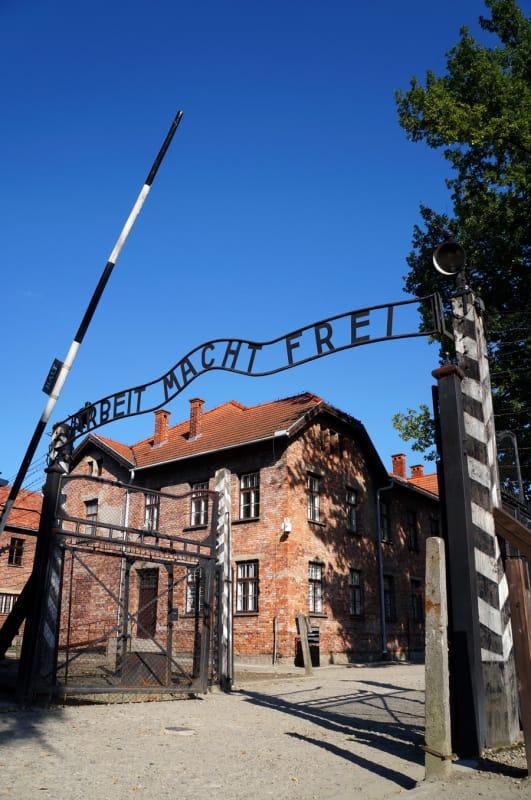 悲惨な歴史の重みを感じるナチスドイツの強制絶滅収容所