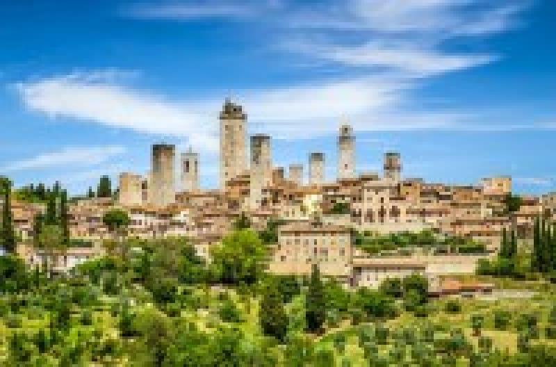 ローマ時代そのままのような古風溢れる街。イタリア・シエナ観光の見どころ・スポットまとめ | wondertrip