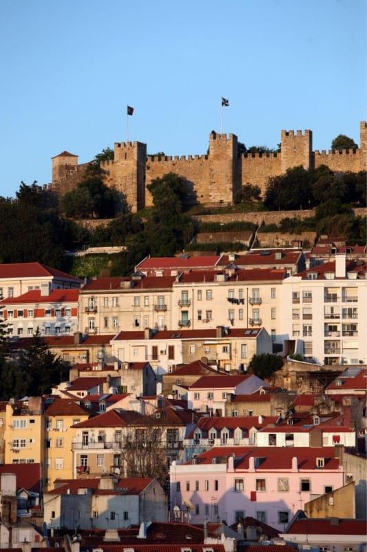 丘の上の古城
