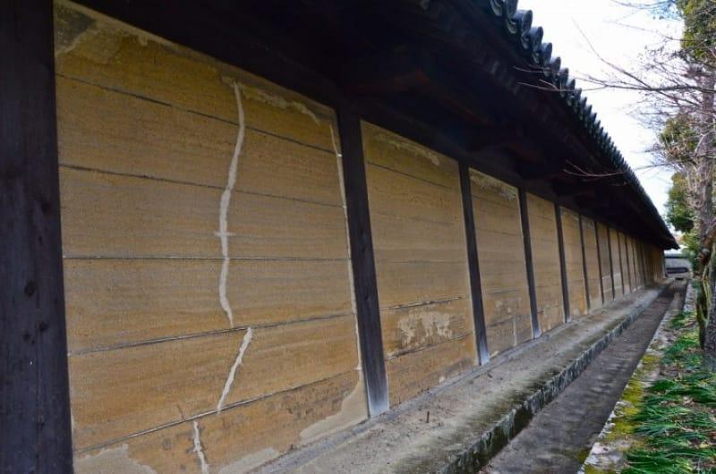 (5)豊臣家が建立、「太閤塀と南大門」