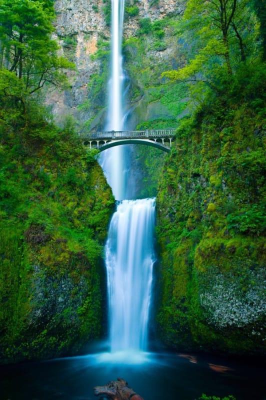 オレゴンの伝説の滝、マルトノマ滝