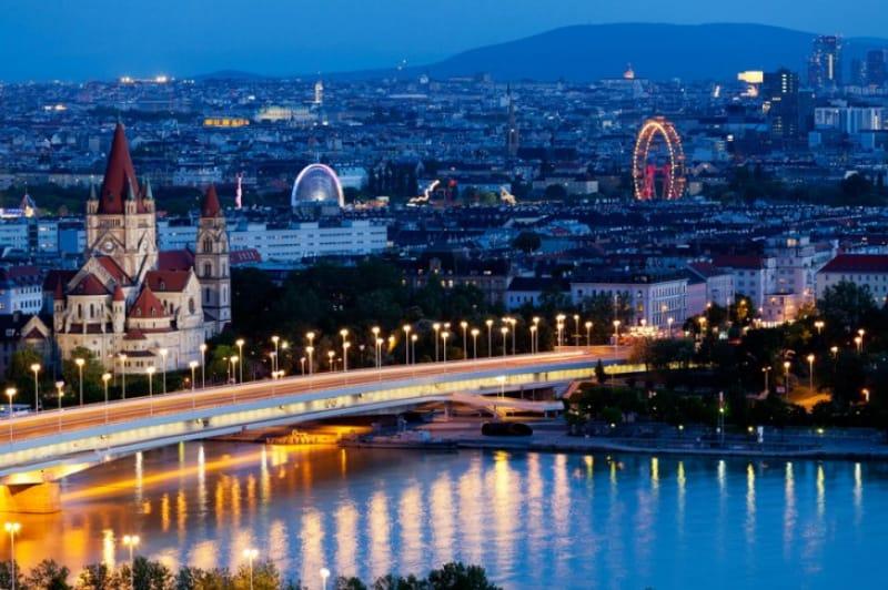 ウィーンの夜景