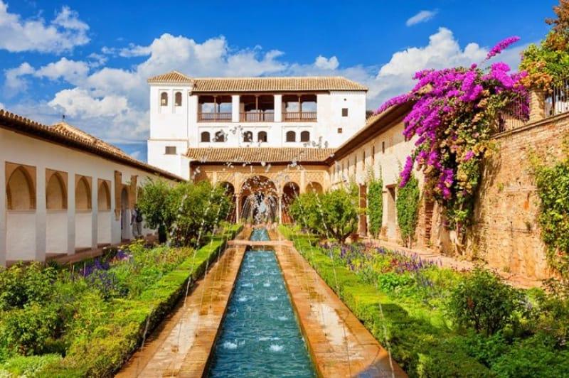 スルタンの別荘 ヘネラリフェ離宮