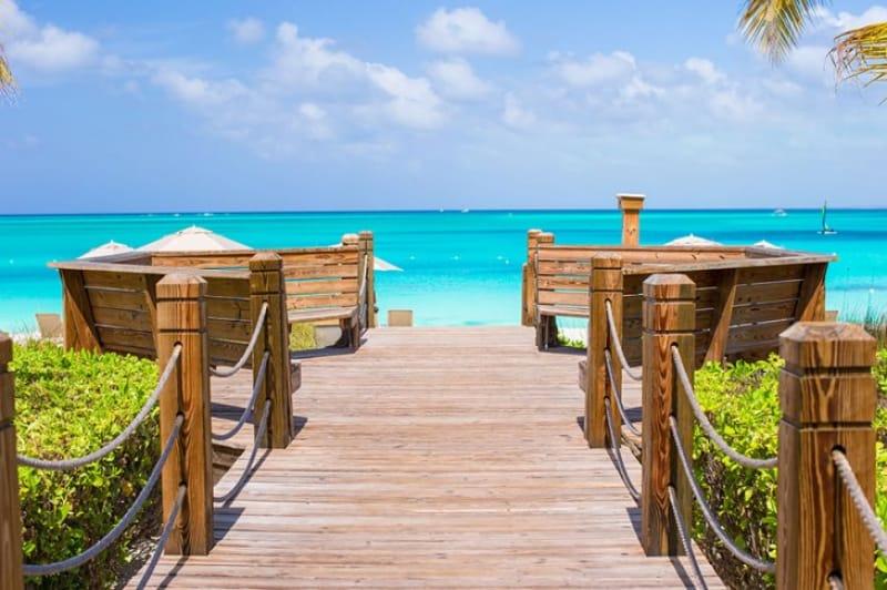 カリブ海の美しいビーチ『タークスカイコス諸島』