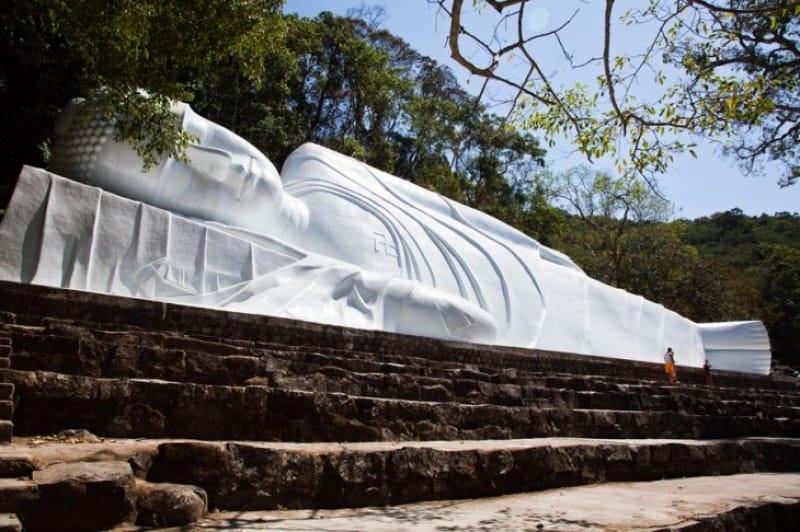 神聖な雰囲気が漂う寺院