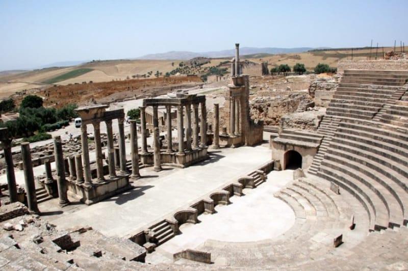 ローマ人の娯楽の場所「劇場」