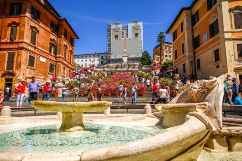 観光の前に知っておきたい「スペイン広場」の歴史