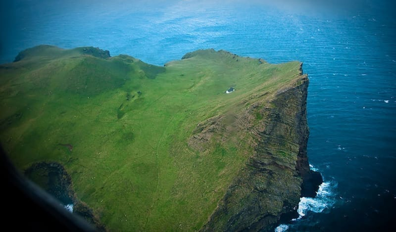 #7. このロッジはアイスランドの歌手ビョークに贈られたとのうわさがありますが、大半の人たちはそれが単なる憶測にすぎないことを認めています