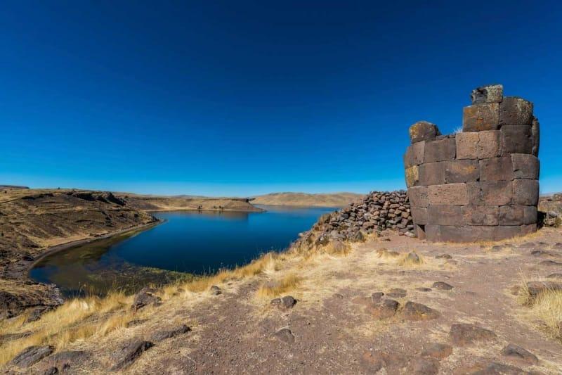 シユスタニ遺跡でインカ時代のロマンを感じる