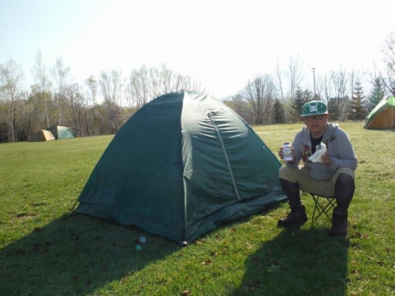 97393:キャンプで一夜を過ごす