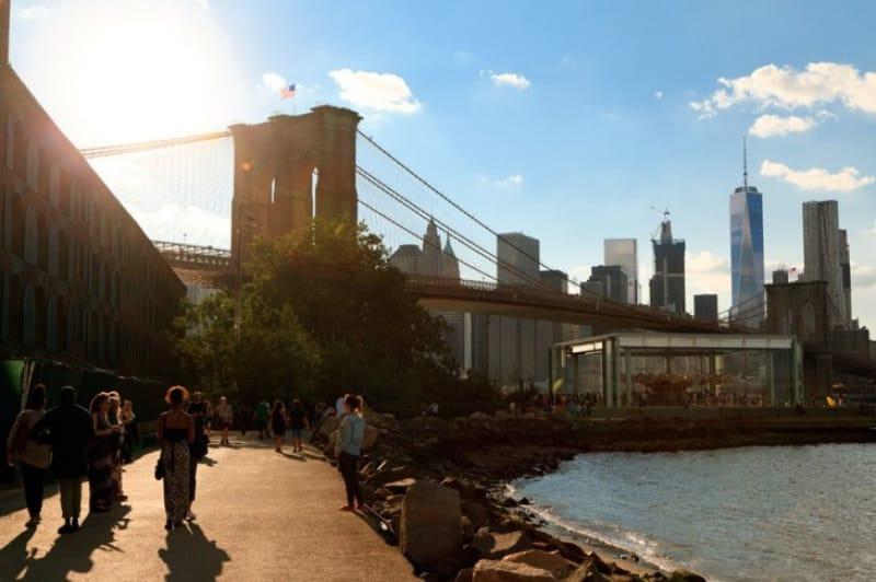 マンハッタンの景色をゆっくり眺められる公園