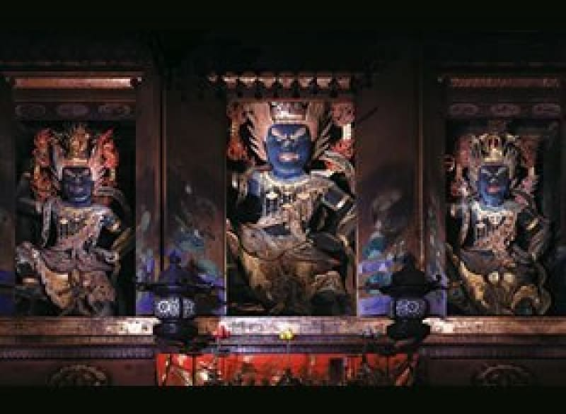 100437:金峯山寺「蔵王堂」御開帳の時期は?