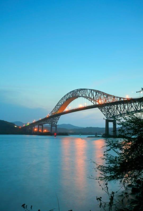 パナマ運河にかかる、アメリカ橋