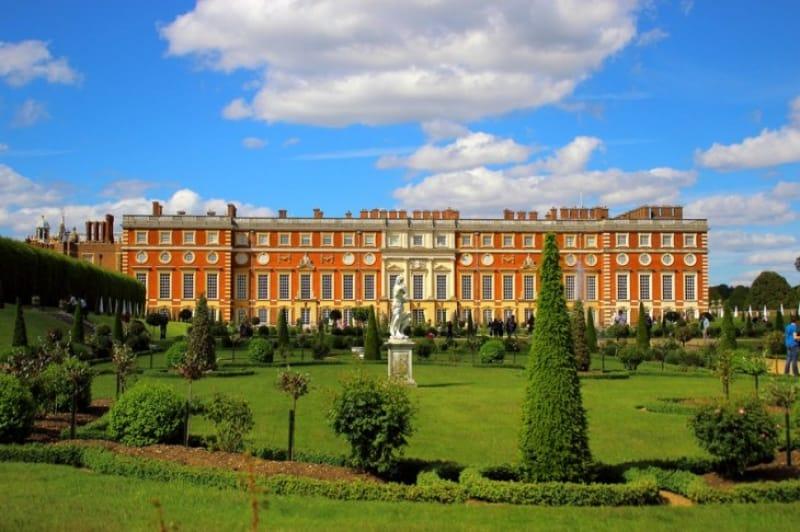生垣の迷路がある宮殿『ハンプトン・コート・パレス(Hampton Court Palace)』