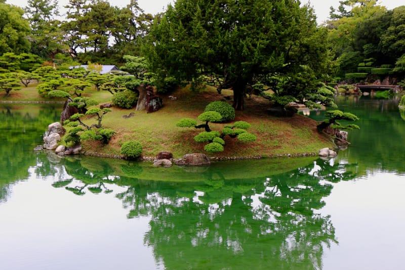 寂びを表現した名園・栗林公園