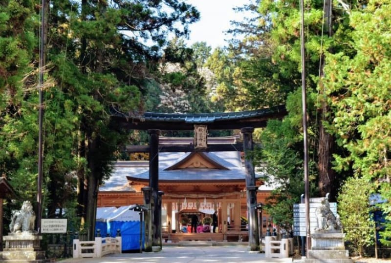 102404:2.パワースポットとしても人気!穂高神社(ほたかじんじゃ)に参拝