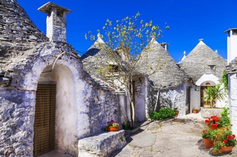 63458:小人のお家のような可愛らしい家屋、トゥルッリ