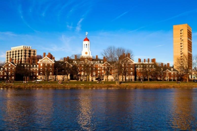 近年のハーバード大学の変革