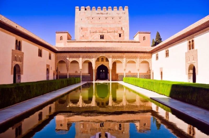イスラム建築の至宝