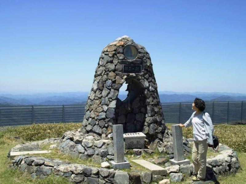 98432:蓬莱山頂こそ「日本一の絶景をひとりじめ」