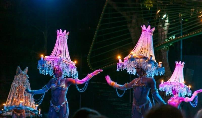 最高のダンスと歌が楽しめるキャバレー・トロピカーナ