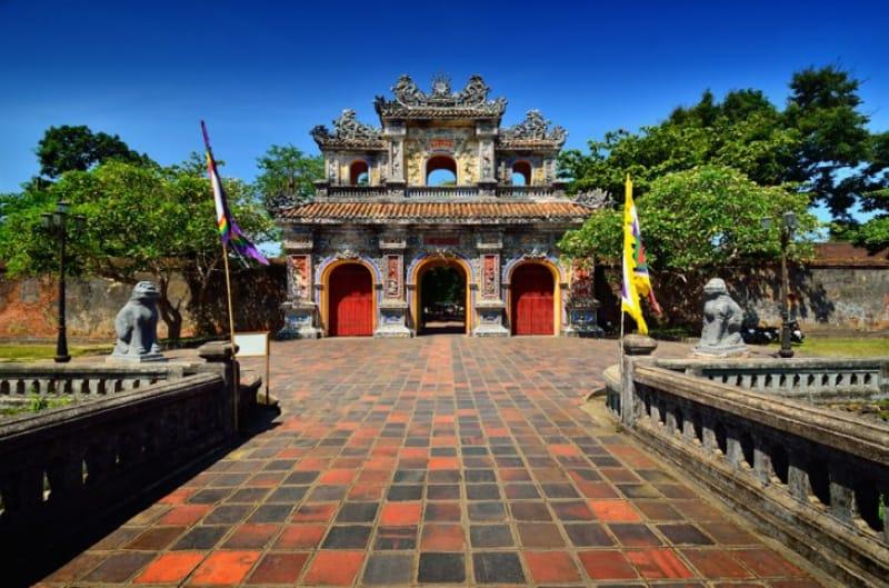 ベトナム最初の世界遺産、フエ