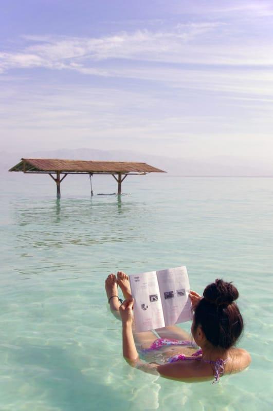 湖面をプカプカ…一度は体験したい?