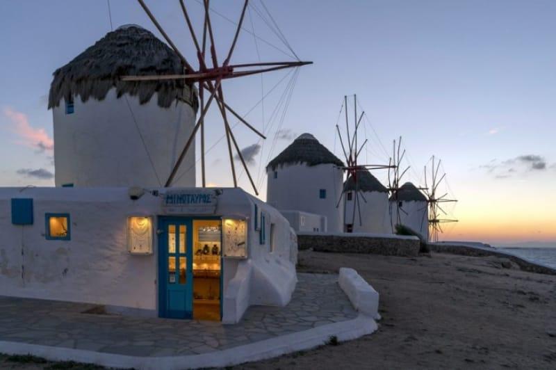 絶景その② ミコノス島の夢中になる白の絶景