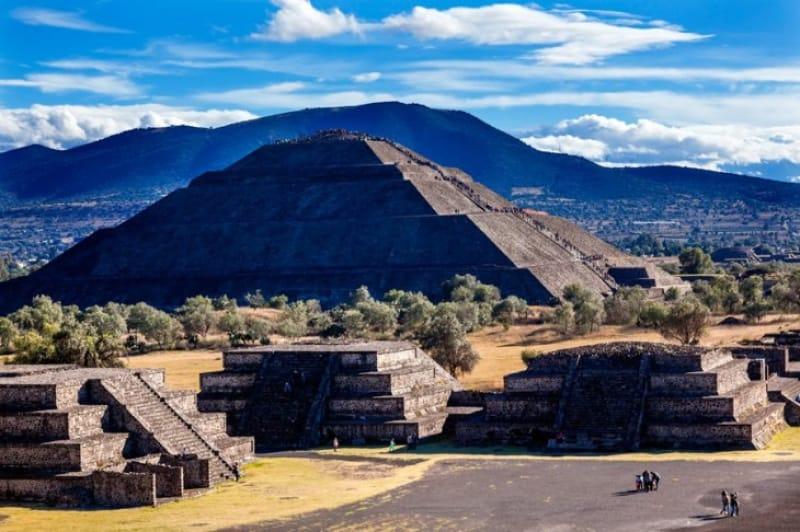 アステカ文明のテオチワカン
