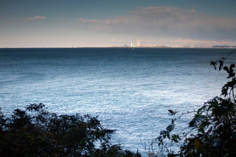 理由その9 島から青い海を眺められるから