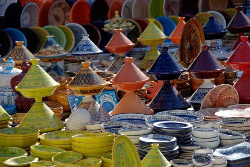 どんな街なのか、まずは雰囲気をトズール中央市場で見る