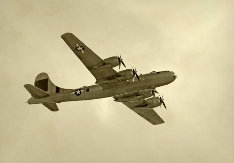 硫黄島からB-29が出撃し空襲、そして敗戦へ