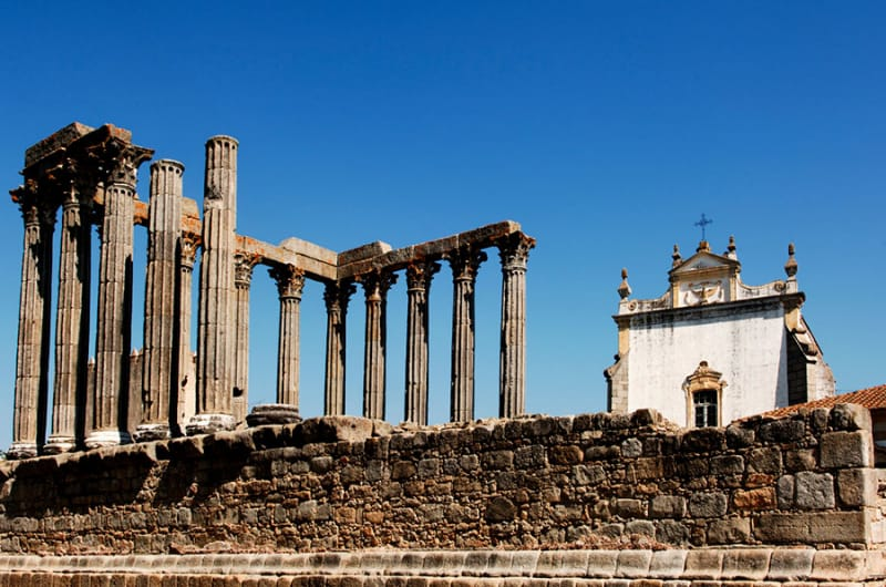 エヴォラの歴史ある建造物たち