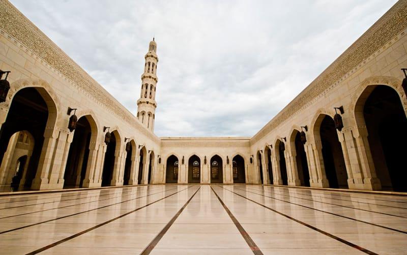 日本ではなかなかな出来ないモスク見学