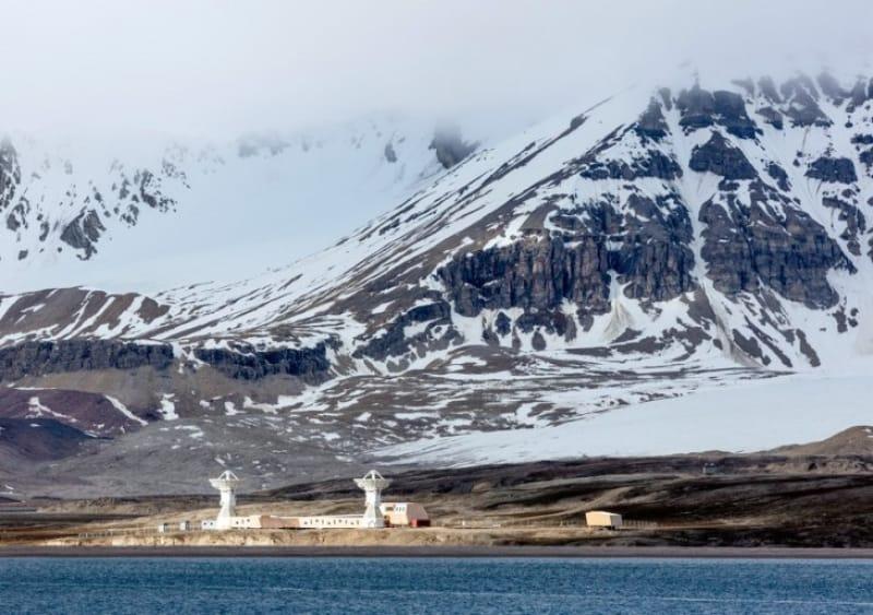 外国人でもビザなしで好きなだけ滞在して、しかもビジネスも自由にできる島がある!