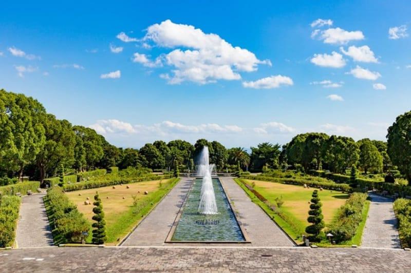 歴史ある公園の紅葉・神戸市立須磨離宮公園