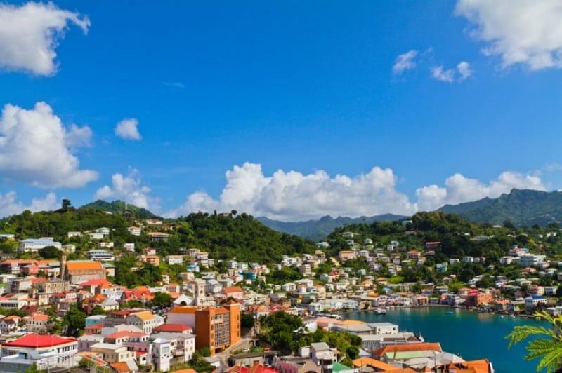 町並みも美しい グレナダ島