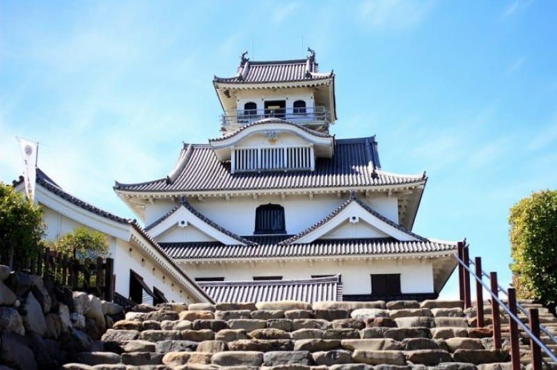 復元された長浜城天守閣