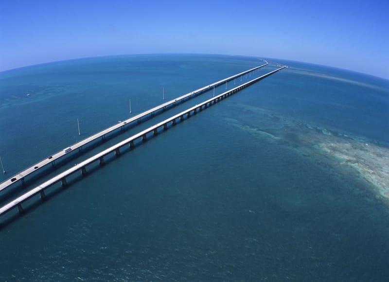 フロリダ半島にあります