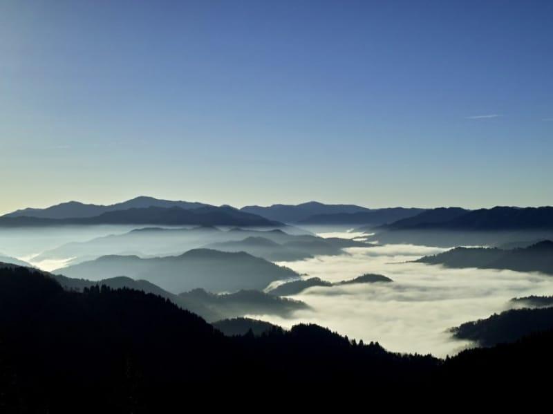 93574:「鯖の道」の絶景雲海/滋賀県・奥山渓谷