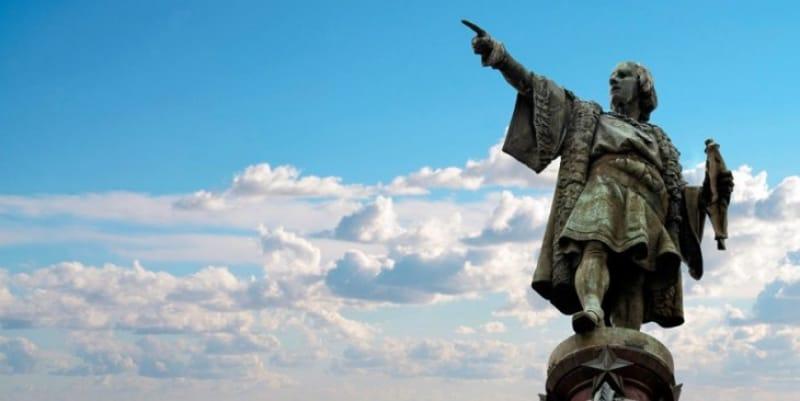 コロンブスの銅像