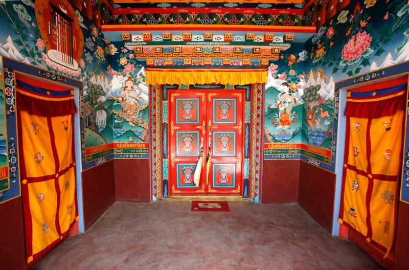 歴代の王たちが眠る・蔵王墓