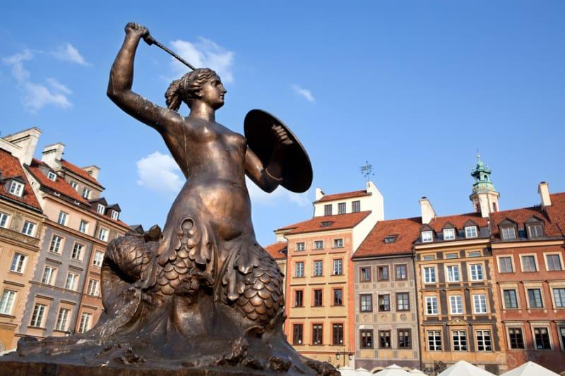 ワルシャワ歴史地区への首都移転とその後のポーランド