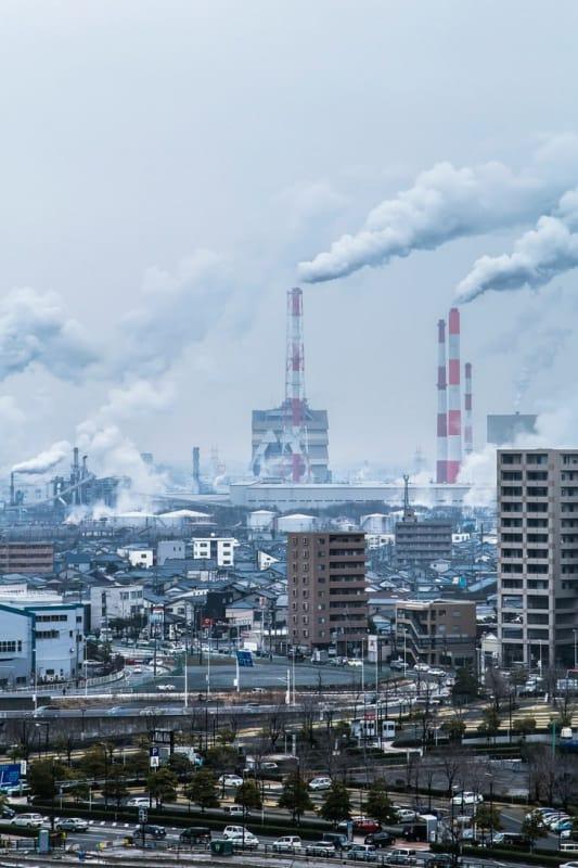 新潟市にある工場夜景でも有名な新潟市東区にある鴎島町周辺を遠くから眺めた写真です。