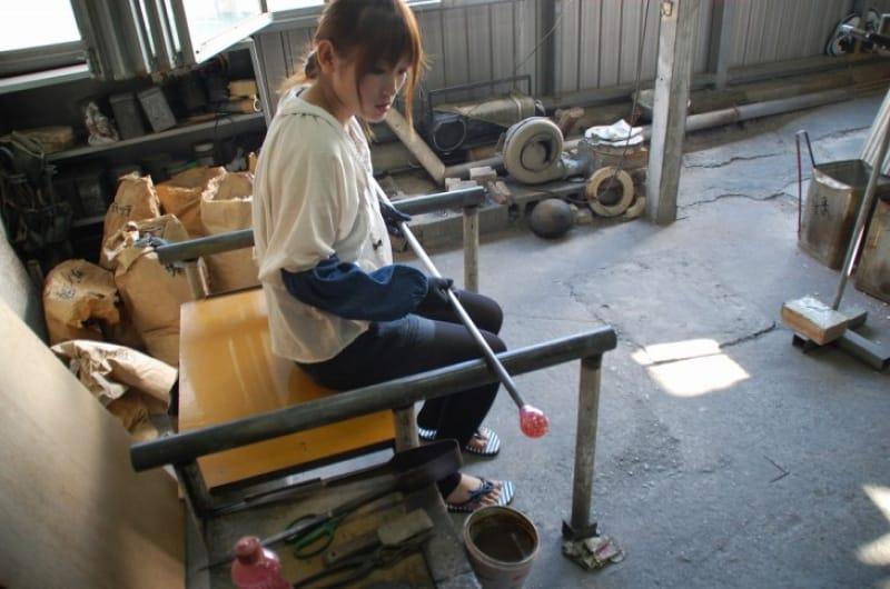 手軽に手作り体験をするなら、那覇市伝統工芸館
