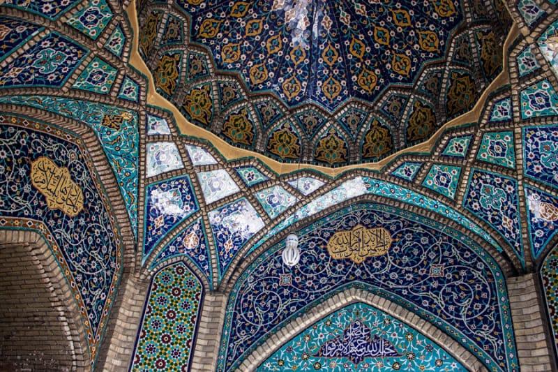 古都エスファハーンで世界に誇るイラン史を感じよう